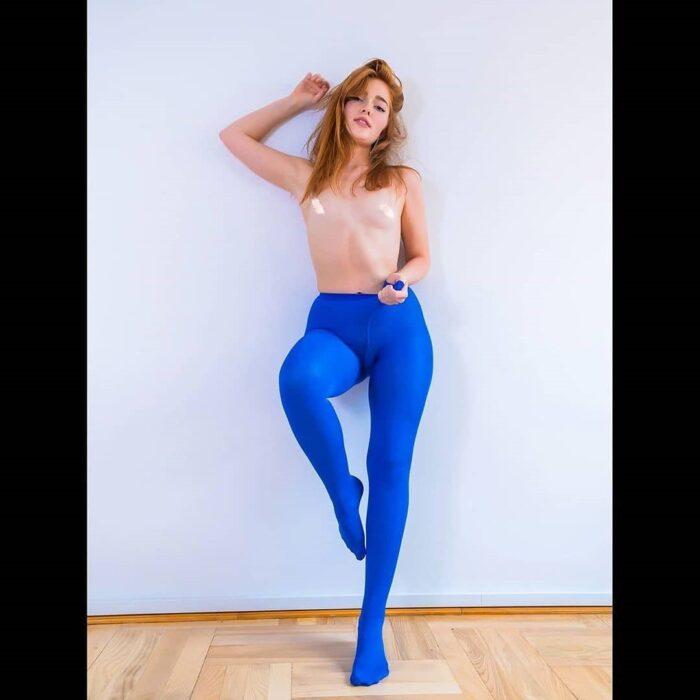 Gorgeous nylon legs